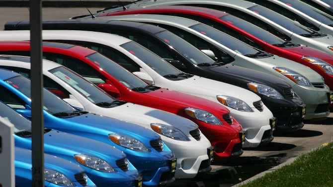 different color of cars