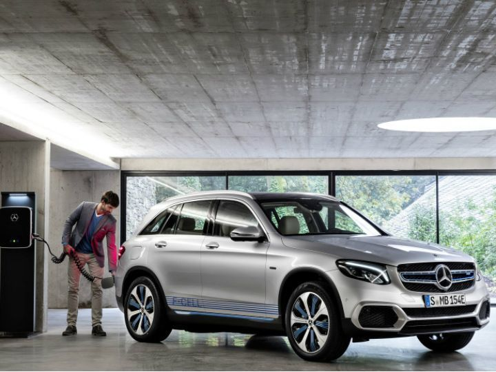 Mercedes-Benz Launches GLC F-Cell